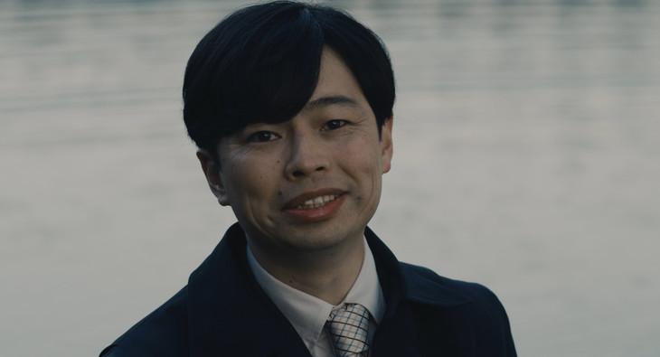 「望郷」より浜野謙太。