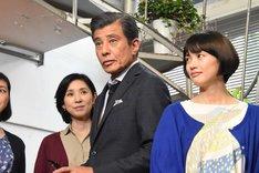 左から黒木瞳、舘ひろし、臼田あさ美。