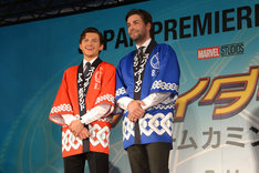 「スパイダーマン:ホームカミング」ジャパンプレミアイベントにて、左からトム・ホランド、ジョン・ワッツ。