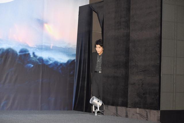 ゲストとして登場した岩田剛典。