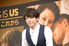 海外ドラマ「THIS IS US 36歳、これから」にて、主人公ケヴィンの日本語吹替を担当する高橋一生。
