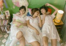「レイジー・ヘイジー・クレイジー」 (c)Sun Entertainment Culture Limited