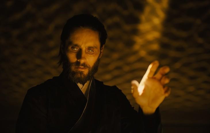 「ブレードランナー 2049」より、ジャレッド・レト演じるウォレス。