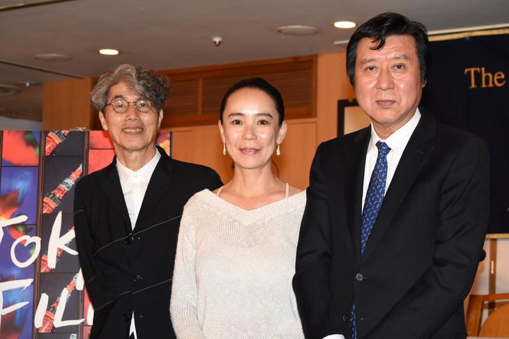 第30回東京国際映画祭JAPAN NOW部門記者会見の様子。左から安藤紘平、河瀬直美、久松猛朗。