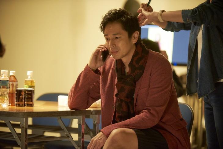 「恋と嘘」より、徳井義実演じる四谷大輔。