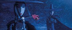 川栄李奈が声を当てた闇の姉妹。