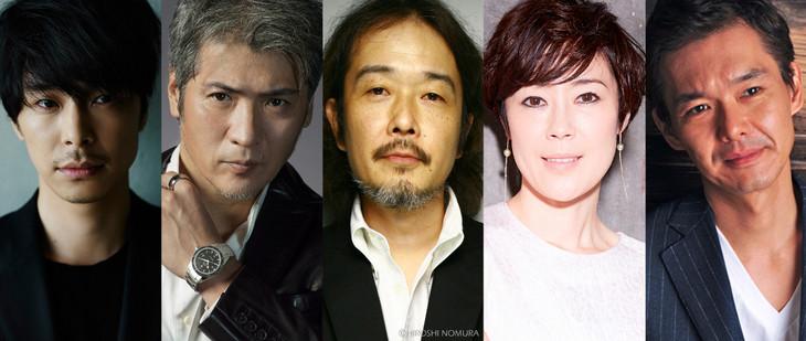 左から長谷川博己、吉川晃司、リリー・フランキー、寺島しのぶ、渡部篤郎。