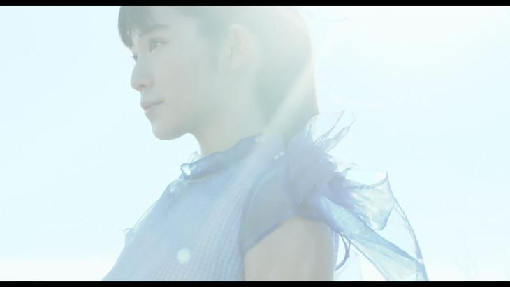 「永遠の少女」ミュージックビデオ