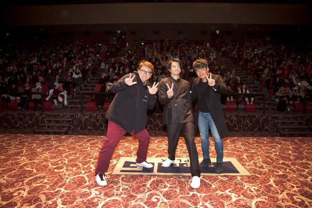 「銀魂」記者会見の様子。左から福田雄一、小栗旬、チャン・ジェウク。