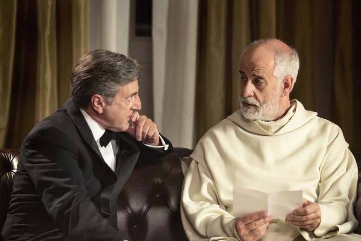 「修道士は沈黙する」