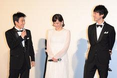 「今夜、ロマンス劇場で」ジャパンプレミア舞台挨拶の様子。