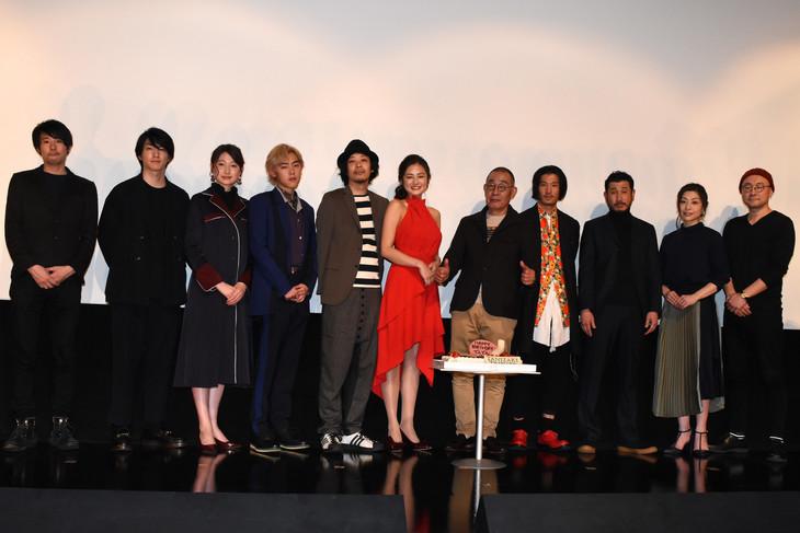 「TANIZAKI TRIBUTE」完成披露上映会の様子。