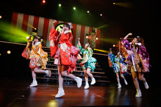 チームしゃちほこ「鯱詣2018」愛知・日本特殊陶業市民会館 フォレストホール公演の様子。(Photo by HIROKAZU)