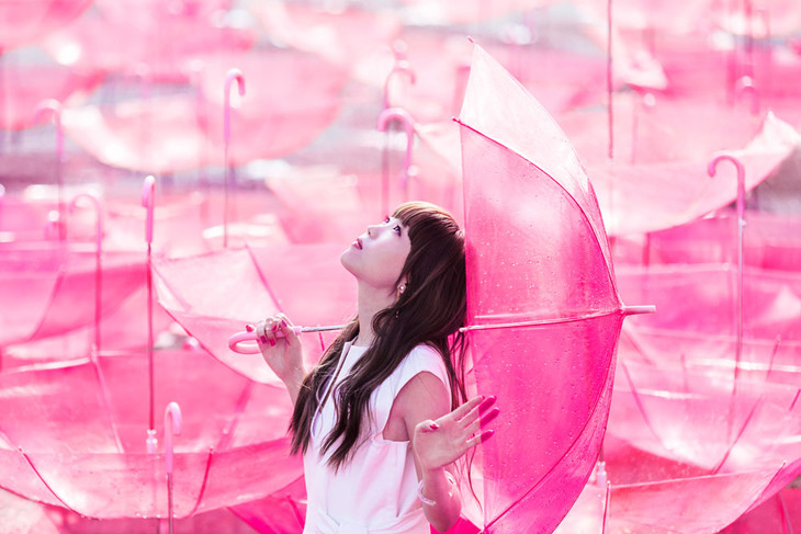 「Ref:rain」ミュージックビデオより。