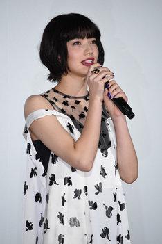 「今本当に幸せ」と女優業に携わる喜びを語る小松菜奈。