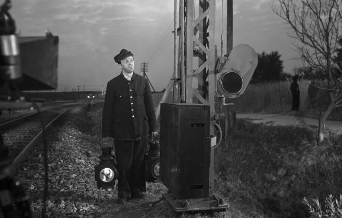 「鉄路の男」