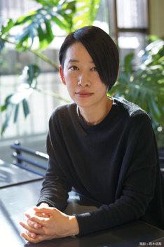 西加奈子(撮影:若木信吾)