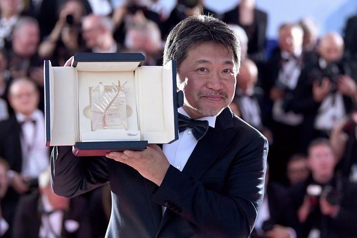 第71回カンヌ国際映画祭でパルムドールを受賞した是枝裕和。