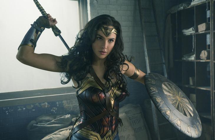 「ワンダーウーマン」 WONDER WOMAN and all related characters and elements (c)& ™ DC Comics and Warner Bros. Entertainment Inc.