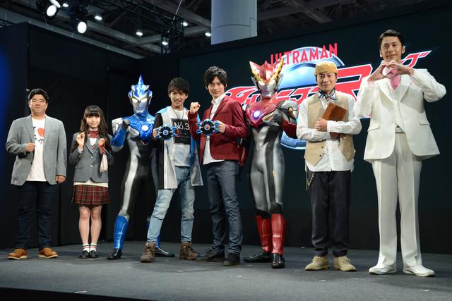 「ウルトラマンR/B」製作発表会の様子。