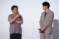 左から是枝裕和、山田裕貴。