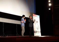 第21回上海国際映画祭に参加した瀬々敬久(右)。