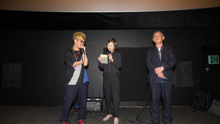 二宮健(左)と梅川治男(右)。