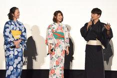 映画「未来のミライ」初日舞台挨拶の様子。