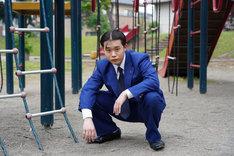 矢本悠馬演じる谷川安夫。
