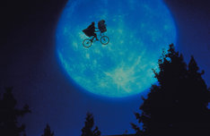 「E.T.」 (c)1982 Universal City Studios, Inc. All Rights Reserved.