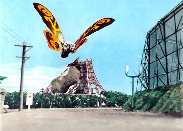 映画ナタリー            モスラだらけのオールナイト!「対ゴジラ」「東京SOS」など4作を上映