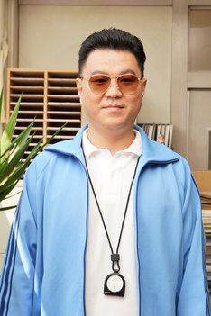 長谷川忍(シソンヌ)演じる反町先生。