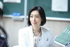 木村多江演じる梶睦子。