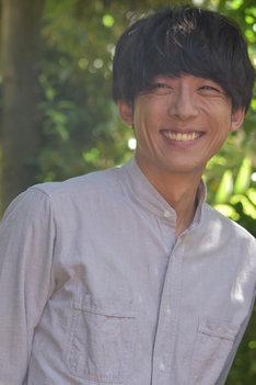笑顔の高橋一生。