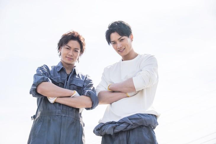 「PRINCE OF LEGEND」より、Team京極兄弟。左から川村壱馬演じる京極竜、鈴木伸之演じる京極尊人。