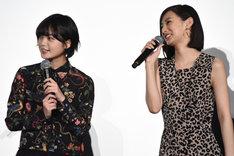 壇上でも笑い合うなど仲睦まじい様子を見せていた平手友梨奈と北川景子。