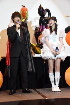 佐野勇斗(左)と中条あやみ(右)。