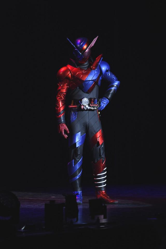「仮面ライダービルド ファイナルステージ&番組キャストトークショー スペシャルバージョン」より、仮面ライダービルド。