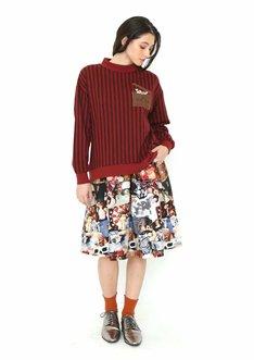レディース  ロングスリーブ スウェットトップス(4298円)とレディース ブロード スカート(6458円)。
