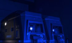 4Kツインレーザープロジェクターのイメージ。