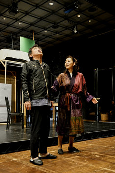 KAAT神奈川芸術劇場プロデュース「セールスマンの死」稽古より。(撮影:細野晋司)