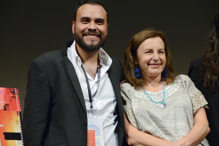左からマルセリーノ・イスラス・エルナンデス、ベロニカ・ランガー。