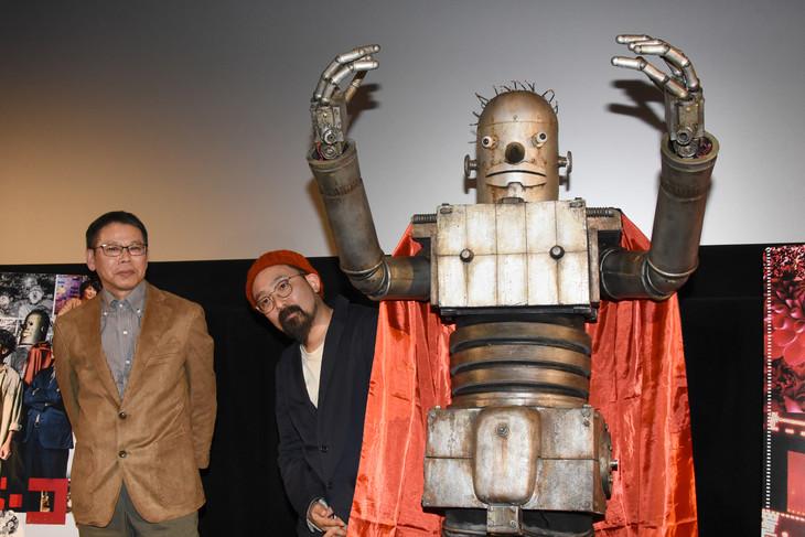 「ハード・コア」ティーチインイベントの様子。左からいましろたかし、山下敦弘監督、ロボオ。