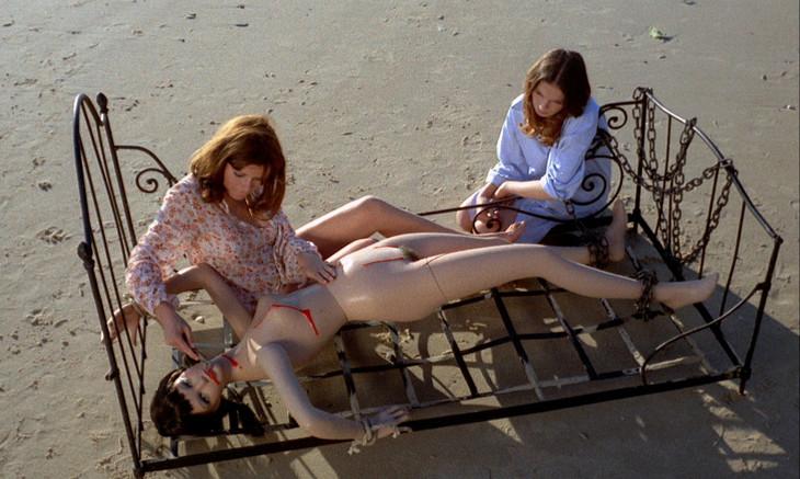 「快楽の漸進的横滑り」 (c)1974 IMEC