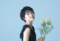 「葵わかな オフィシャルカレンダー2019」より、HMV&BOOKS online購入特典のボーナスページ。