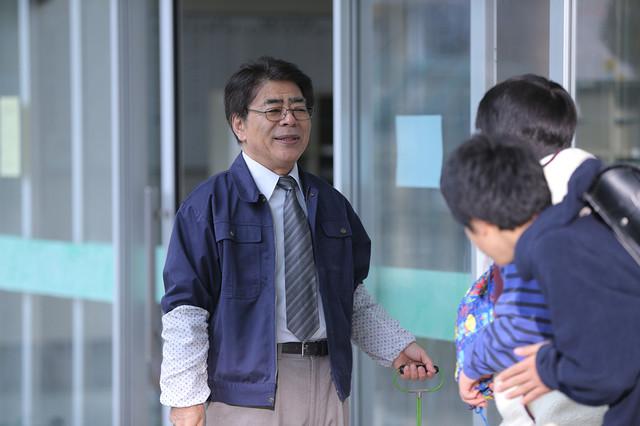 「まく子」より、小倉久寛演じる校長。