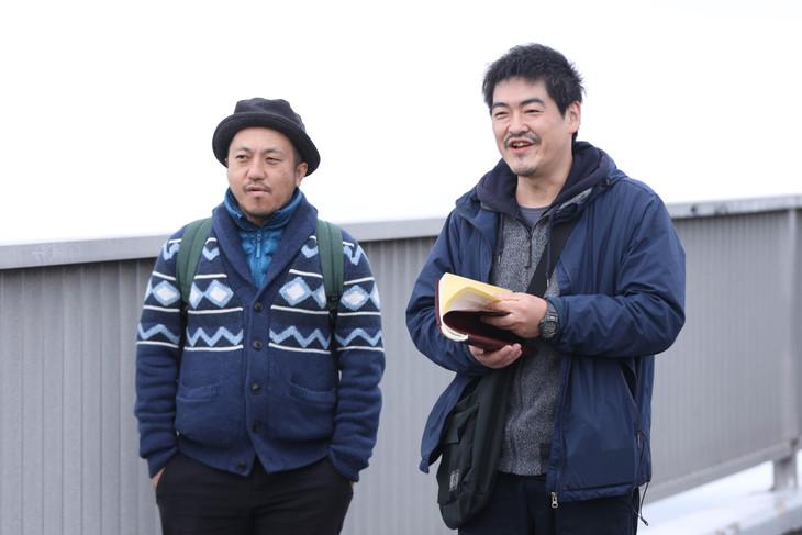 左から白石和彌、沖田修一。