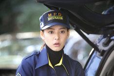 「トレース~科捜研の男~」より、科捜研新人法医研究員・沢口ノンナ役の新木優子。