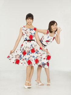 左から土屋太鳳演じる小沢翼、百田夏菜子演じる大空つばさ。