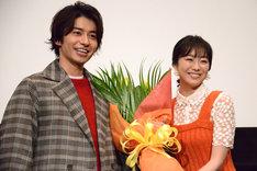 左から武田航平、高田夏帆。